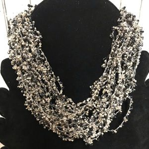Jewelry - Chunky bead necklace